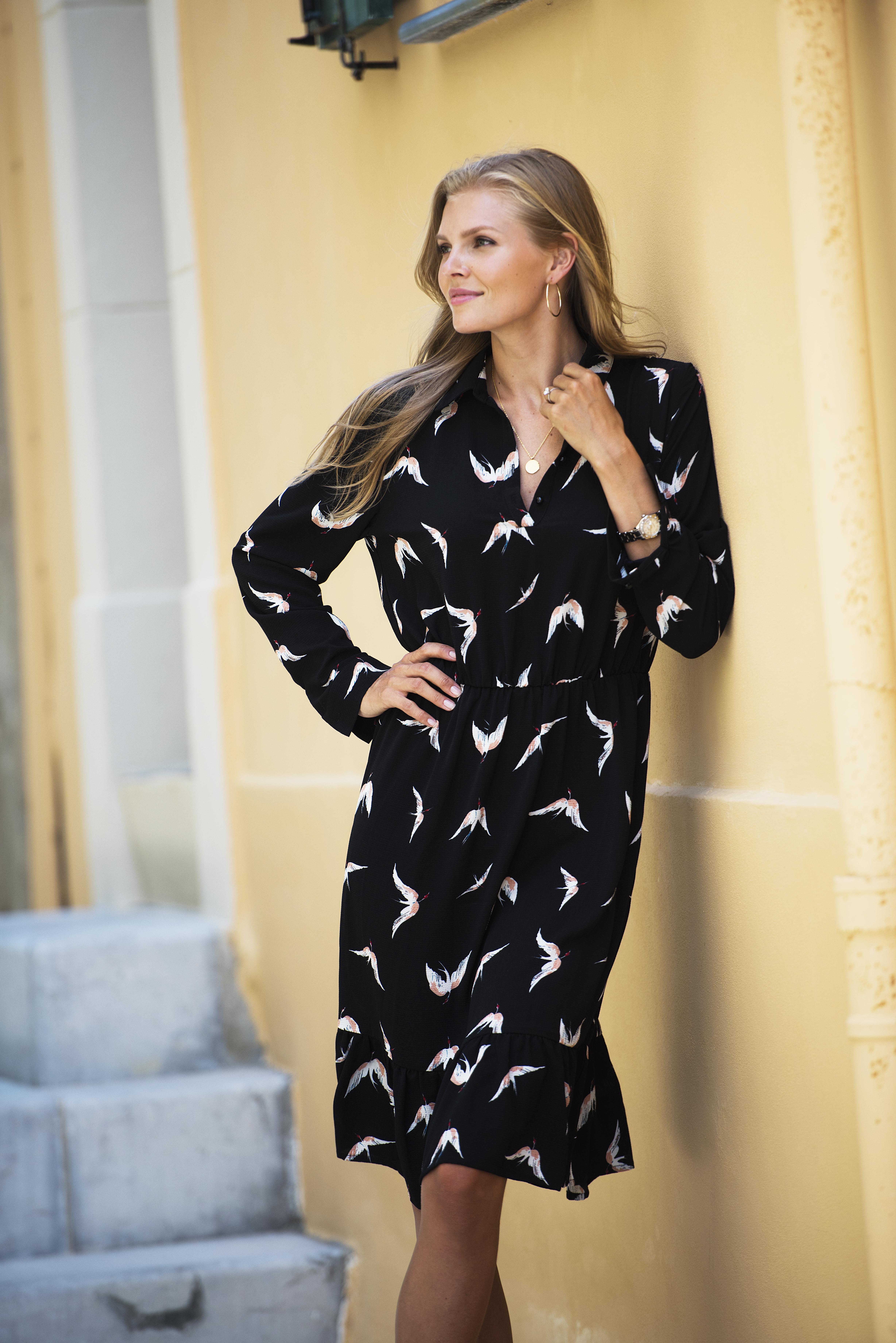 435f0c3d1f06 Fugleprint kjole Ane Mone - Bryggerhuset på Jahren